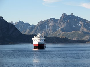 MS Finnmarken Hurtigruten Kalender Postschiffe